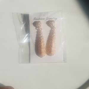 🔥New Item🔥 Fashion Earings  2 for 10